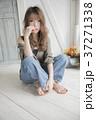 女性 女の子 人物の写真 37271338