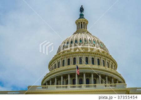 アメリカ合衆国議会議事堂(United States Capitol) 37355454