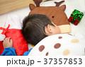 クリスマス 寝る 睡眠の写真 37357853