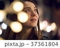 女性 夜 白人の写真 37361804