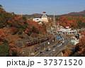 新名神高速道路から見る能勢電鉄 37371520