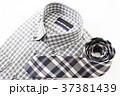 シャツ ネクタイ 服の写真 37381439