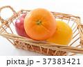 オレンジ リンゴ みかんの写真 37383421