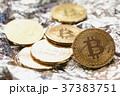 お金 ギャンブル 通貨の写真 37383751