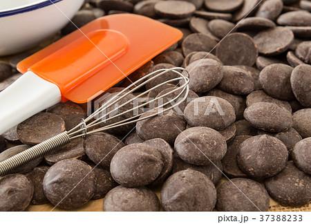 手作りチョコレート バレンタインデー 本命チョコ お菓子作り 37388233