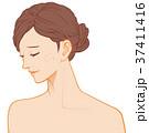 女性の横顔 困り顔 ニキビ  37411416