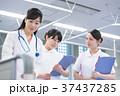 女性 看護師 医療スタッフの写真 37437285