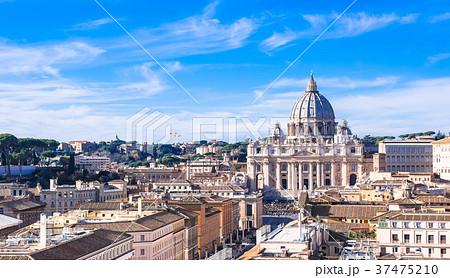 ローマ サン・ピエトロ大聖堂 37475210