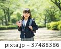 子供 小学生 入学式 イメージ 37488386