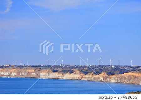 地球の丸く見える丘から見た屏風ヶ浦 37488655