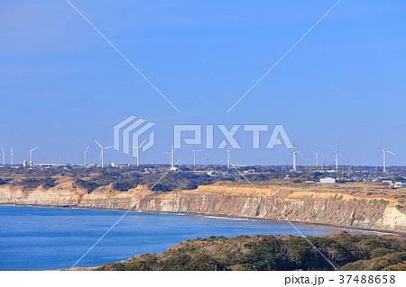 地球の丸く見える丘から見た屏風ヶ浦 37488658