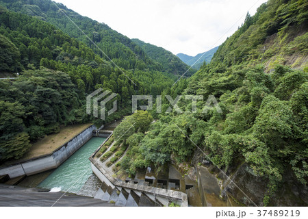 安富ダム (別名: 富栖湖) 兵庫県姫路市安富町 37489219