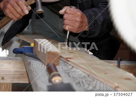 大工さんの仕事:現役職人 37504027