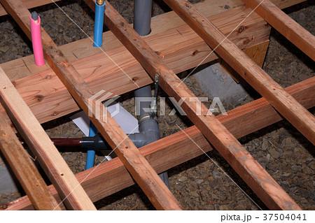 大工さんの仕事:現役職人 37504041