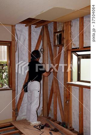 大工さんの仕事:現役職人 37504064