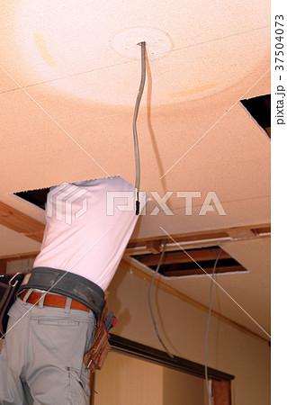 大工さんの仕事:現役職人 37504073