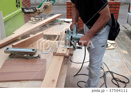 大工さんの仕事:現役職人 37504111