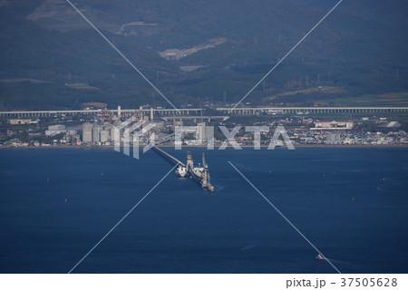 北海道北斗市上磯地区のセメントコンビナートを函館山から撮影 37505628