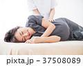マッサージ 妊婦 マタニティ 妊娠 エステ 整体 女性 白バック 37508089