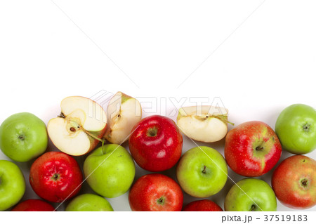 red and green apples isolated on white background 37519183