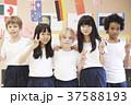 インターナショナルスクール クラスメイト ポートレート 37588193
