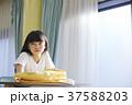 小学生 放課後 教室 女の子 37588203