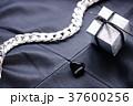 ギフト・モノクローム 37600256