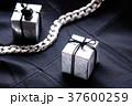 ギフト・モノクローム 37600259
