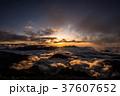唐松岳山頂からの夕日と雲海 37607652