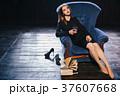 ビジネス 女 女の人の写真 37607668