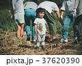子供 人物 幼児の写真 37620390