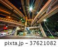 ジャンクション 橋脚 夜景の写真 37621082