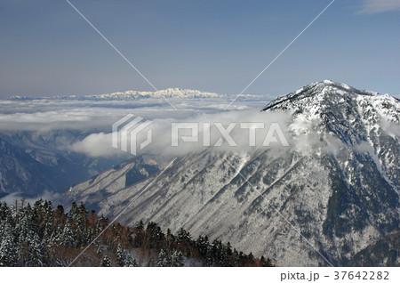 新穂高ロープウェイ(日本の風景・冬景色) 37642282