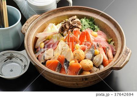 海鮮鍋 冬の味覚 37642694