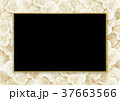 背景素材 (敷き詰めたバラ、ブラックボード) 37663566