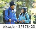 山歩き ハイキング 山の写真 37678423