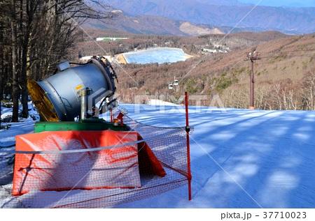 スノーマシン(人工降雪機) 37710023
