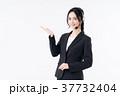 オペレーター 女性 人物の写真 37732404