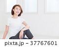 女性 フィットネス ヨガの写真 37767601