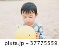 子供 人物 幼児の写真 37775559