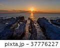 海岸 夕焼け 海の写真 37776227
