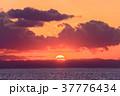 海岸 夕焼け 海の写真 37776434