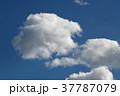 青空と雲 37787079