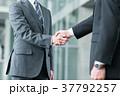 握手 ビジネスマン ビジネスの写真 37792257