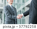 握手 ビジネスマン ビジネスの写真 37792258