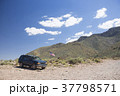 アメリカの車と砂漠 37798571