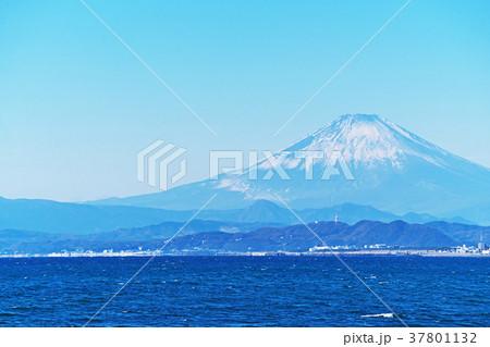 茅ヶ崎海岸から見る富士山 37801132