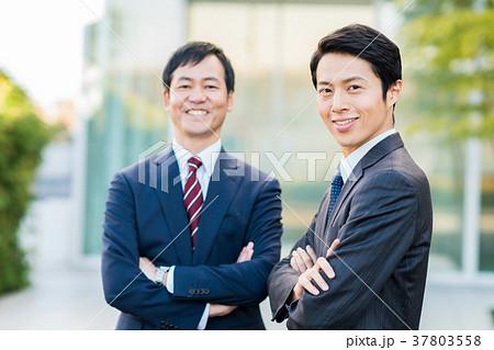 ビジネスマン  37803558