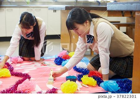 中学生 文化祭 図工 高校生 37822301