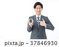 ビジネスマン 男性 質問の写真 37846930